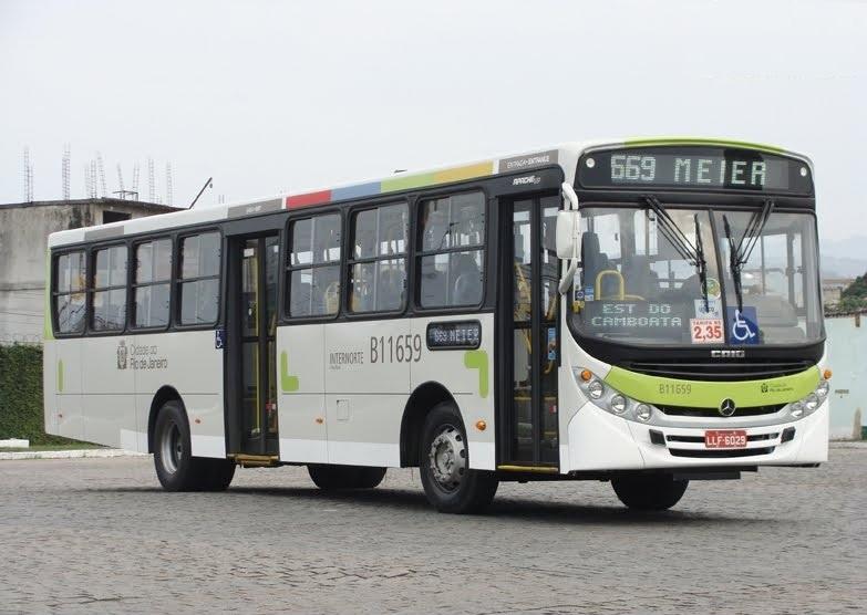 Manifesto contra a uniformização visual dos ônibus do Rio de Janeiro